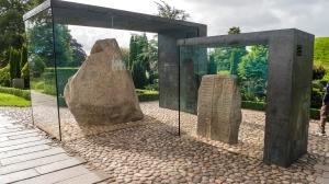 1.Stones